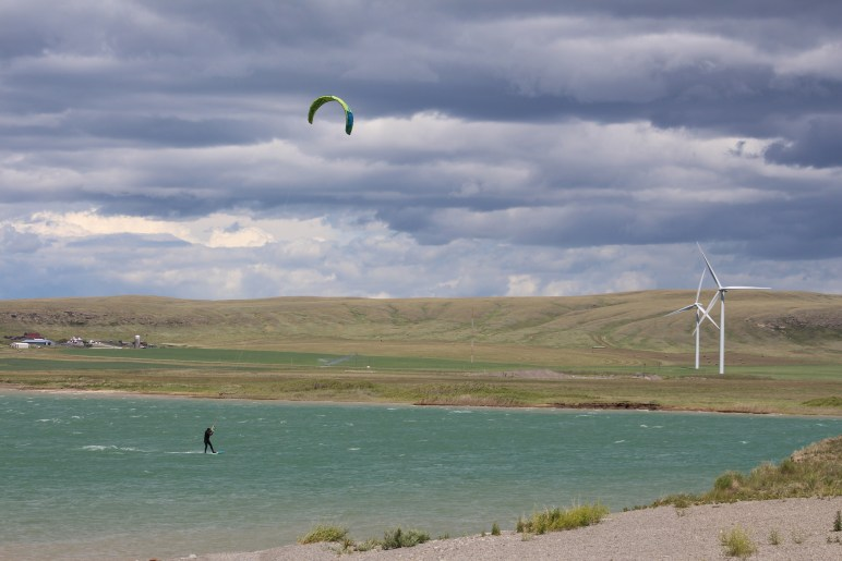 Kitesurfing Oldman Damn